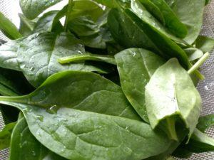 Wdrażamy lekką dietę –dużo zielonych warzyw.